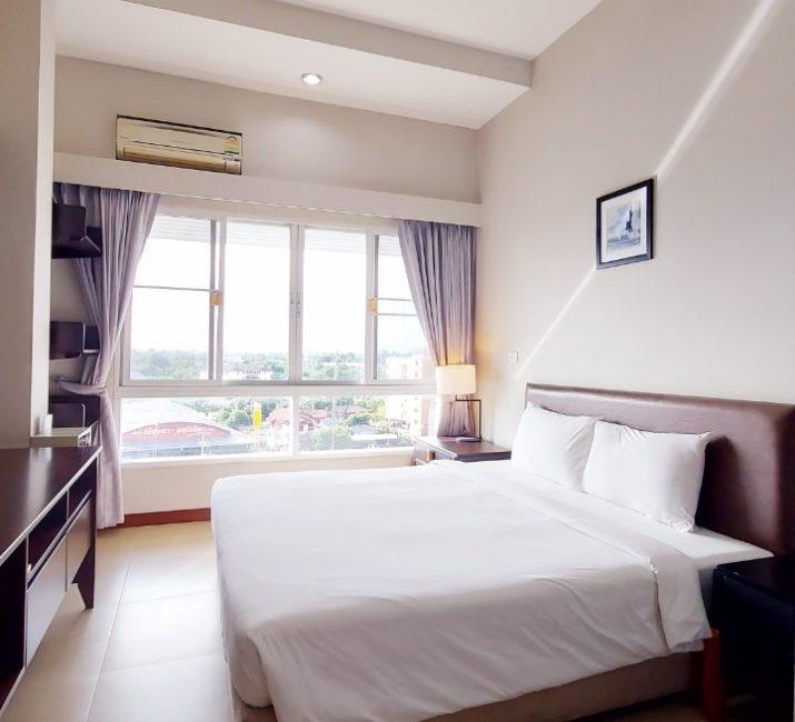 J Park Hotel